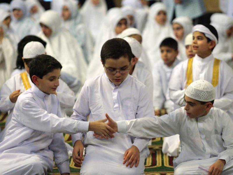 9 Tips to Raise Children Who Establish Salah
